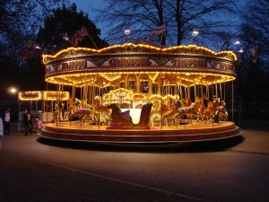 Carousel_at_Hyde_Park