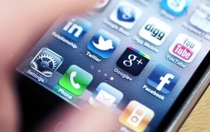 SocialMediaUse