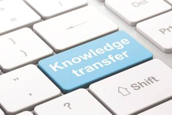 boosting-business-performance-with-a-knowledge-transfer-partnership-sme-event-98_3-Knowledge transfer